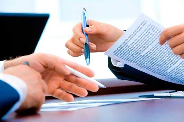 Gestiona los contratos online y ahorra en las facturas de tu negocio